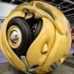 Una volkswagen Beetles trasfomata in una sfera!