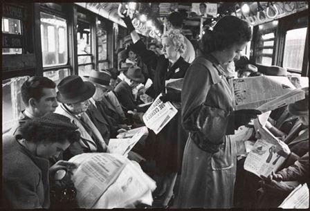 kubrick-subway-newspapers